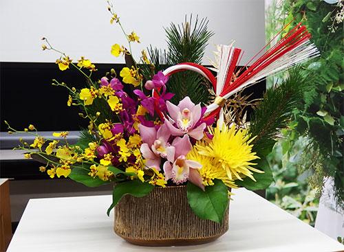 日比谷花壇お正月アレンジメント蘭の舞