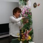日比谷花壇の2015クリスマス&2016お正月イベントで見てきた!とっておきXmasアレンジメントやお正月飾りがいっぱい。日比谷花壇スピリットは、贈る人と大切な人との気持ちを、花でつなぐのです!
