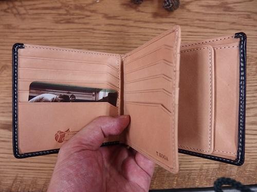 グレンチェックのブライドル二つ折り財布