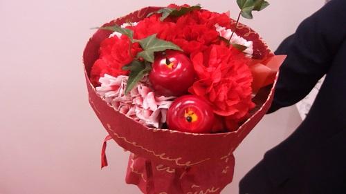 日比谷花壇母の日そのまま飾れるブーケ