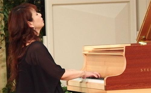 丸の内OBSESSION三舩優子堀越彰