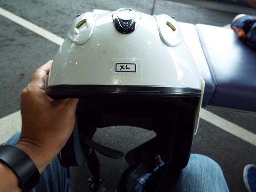 ヘルメットも貸してもらえるので安心だ。