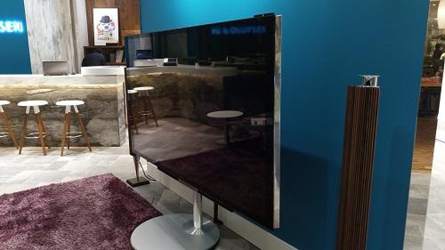 こんな大きいTVもある。