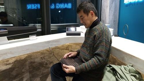 HP Spectre 13バング&オルフセンBANG&OLUFSEN二子玉川